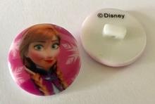 Walt Disney - knoop  22 mm