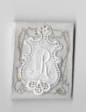 6 Monogrammen D.R.  4,5 x 2,5 cm