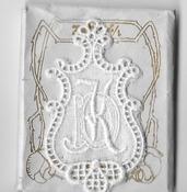 6 Monogrammen - D.K. 4,5 x 2,5 cm