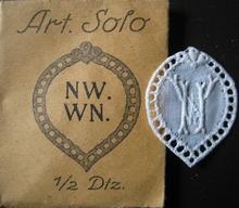 6 Monogrammen - N.W. - W.N. 29 x 24 mm