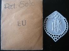 6 Monogrammen - H.V. - V.H. 29 x 24 mm