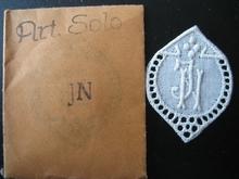 5 Monogrammen - H.N. - N.H. 29 x 24 mm