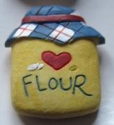 Flour 25 x 23 mm