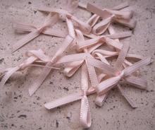 4  rose strikjes 3 mm