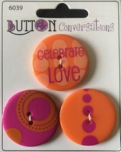 Button Conversations 34 mm